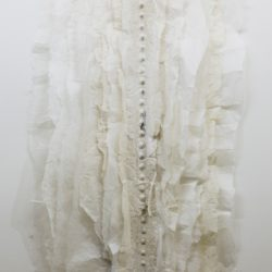 林延,室內空氣,2013,宣紙、墨,154 × 76 × 9 cm