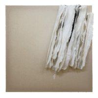 林延,細雨 #2,2015,宣紙、墨 / 亞麻布,132 ×132 × 17 cm
