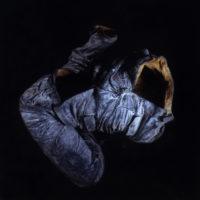 展望,中山裝軀殼1#,1994,青銅,作品尺寸:37 x 78 x 65 cm丨ed.5/8