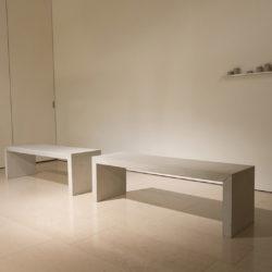 賴志盛,坐在灰塵上休息_蕭壠,2017,灰塵、鐵、鋁及混凝土,40 x 134 x 42 cm x 2,6 x 59 x 8.5 cm x 1