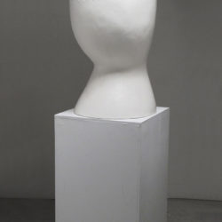 Shida KUO, Untitled No. 12-04, 2012, Fired white clay and clear crackle, 92.7 × 40.6 × 48.2 cm