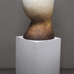 Shida KUO, Untitled No. 14-03, 2014, Fired white clay and acrylic paint, 92.7 × 40.6 × 48.2 cm